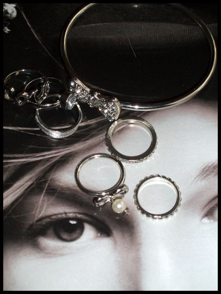 H-M-bagues-et-bracelet.jpg