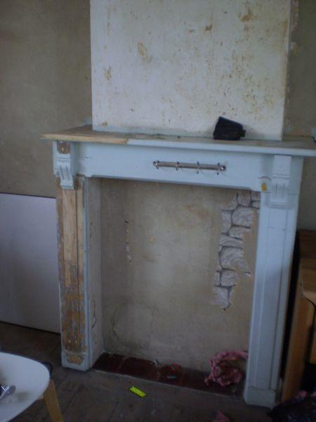 Interieur Renovation D Une Cheminee En Bois Le Blog De Maison