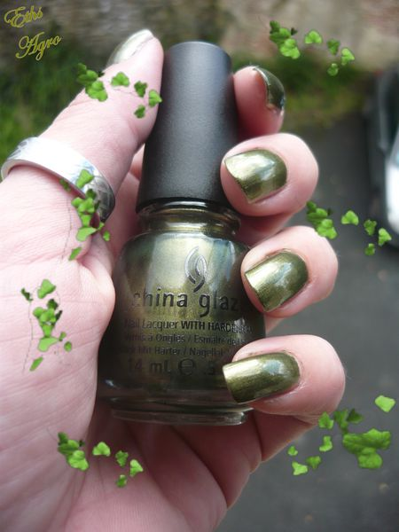 china glaze Agro 1127 collection The hunger game 2 couches