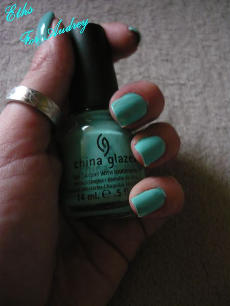 china glaze For audrey 625 1 couches