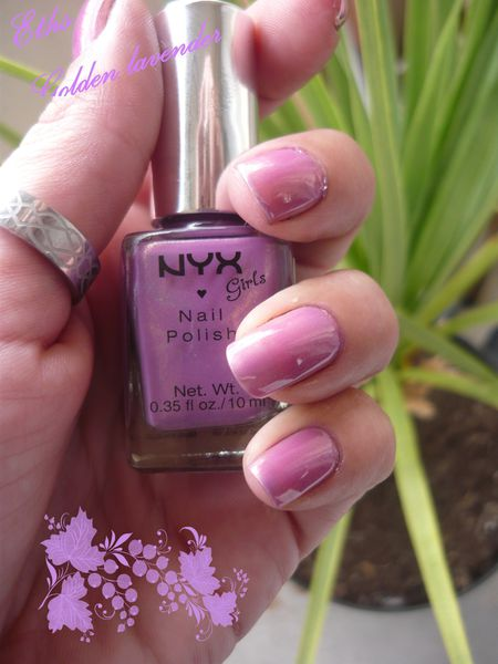NYX girls 239 Golden lavender 2 couches