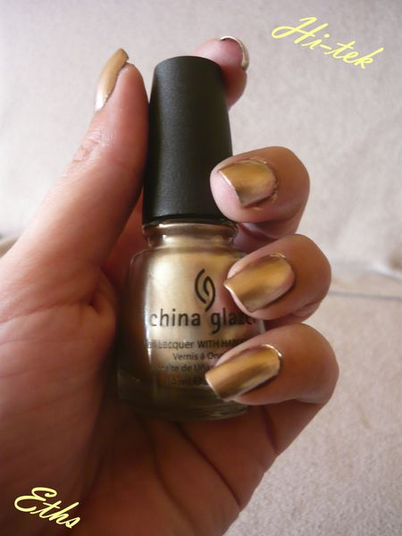 china glaze Hi-tek 848 collection robotika 2 couches