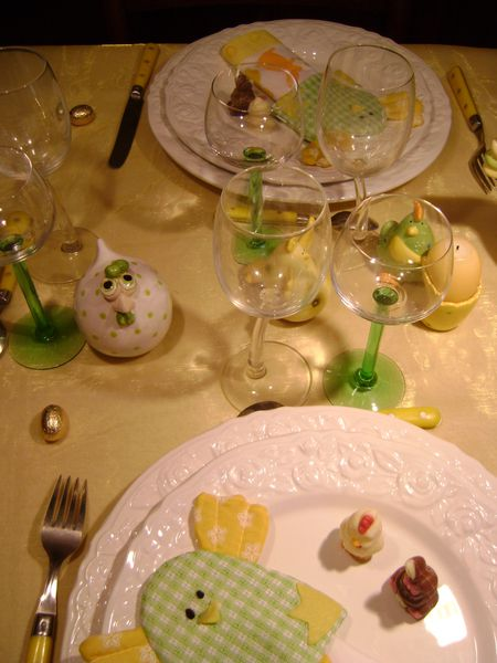 tables-paques-2013-jaune-325.JPG