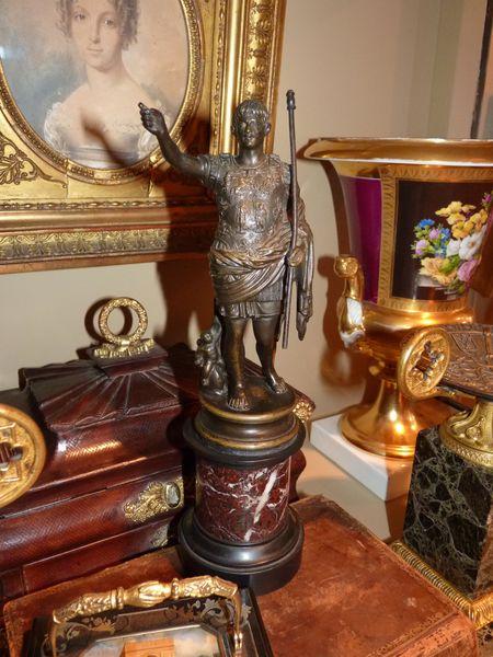 8 auguste bronze