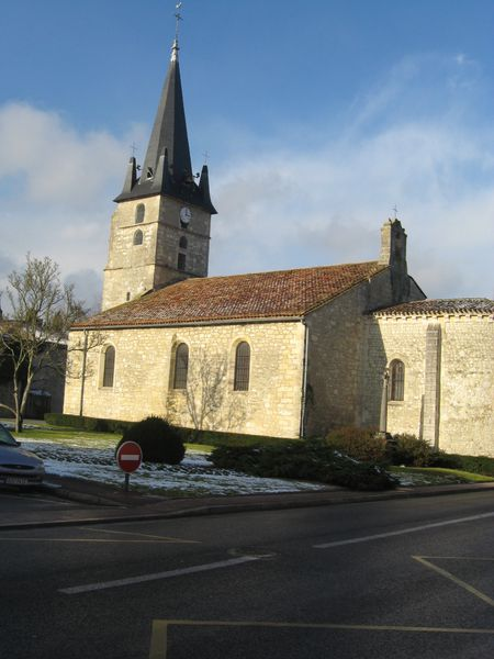 u) Eglise Saint Pierre