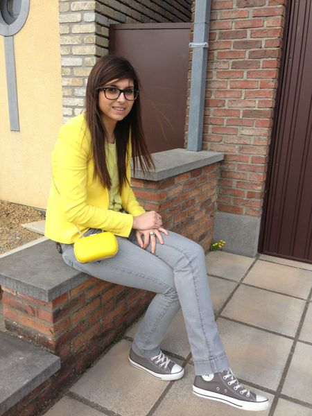 yellow---grey-1387.JPG