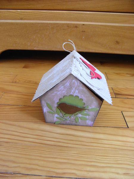 une maison oiseau non un mini le scrap de muscat. Black Bedroom Furniture Sets. Home Design Ideas
