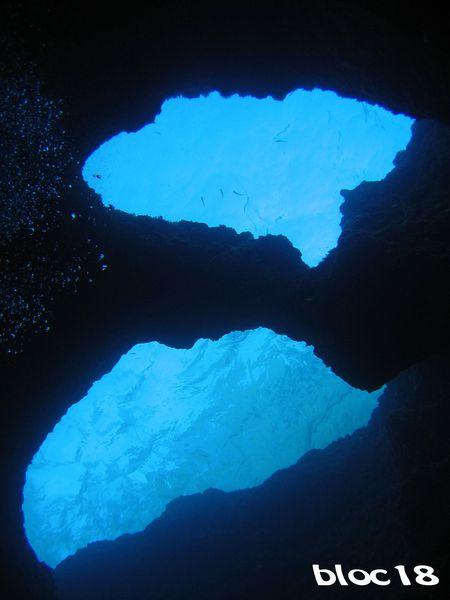 st-ninog-dans-la-grotte--vue-vers-la-surface.JPG