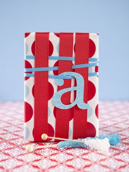 wrapping-a-present-1-550x733.jpg