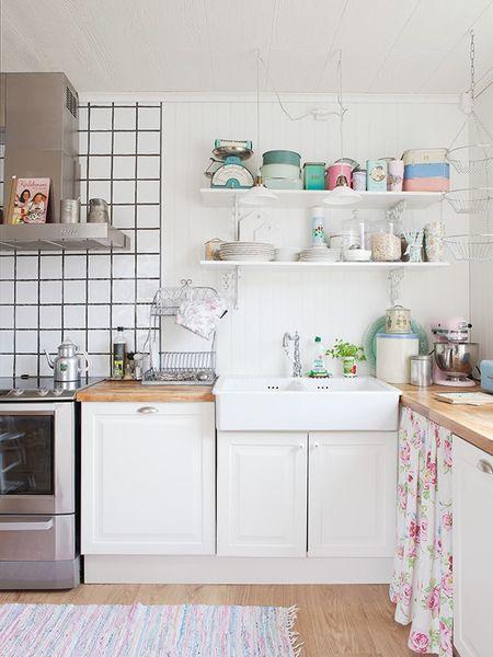 white-kitchen-shelves.jpg