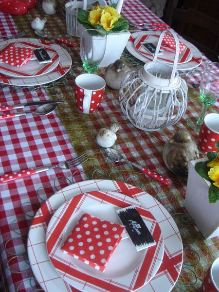 Table-le-jardin-s-invite-a-votre-table--2-.jpg