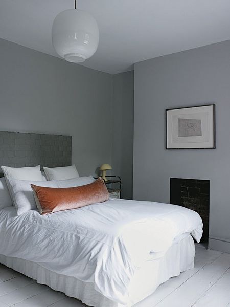 Faye-Toogood-London-Home-Photo-by-Henry-Bourne-Yellowtrace-