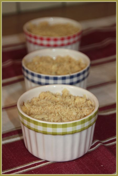 Crumble-rhubarbe-et-pomme-au-gingembre-0139.JPG
