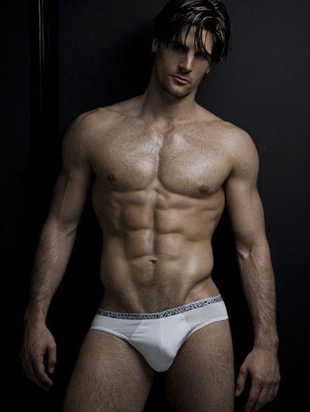 Alexander-Giocondi-Hot-Male-Burbujas-De-Deseo-04.jpg