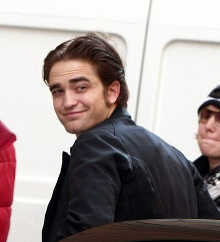 Robert Pattinson Number on Robert Pattinson Bel Ami 2