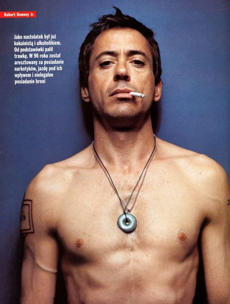 Robert-Downey-Jr-hottest-actors-6191908-1095-1445.jpeg