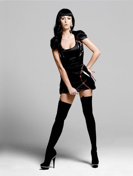 Katy-Perry-picture-in-2010-Esquire-Photoshoot-by-Yu-Tsai--2.jpg