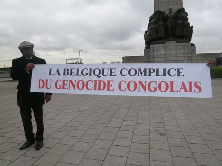 SIT-IN-GENOCIDE-DES-CONGOLAIS-P1070135-CHEIKFITANEWS.JPG