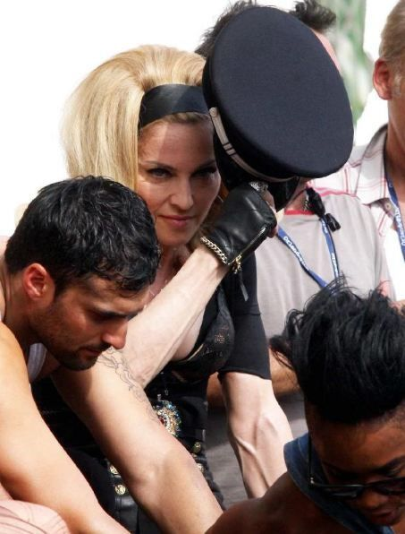 20120618-pictures-madonna-turn-up-the-radio-set-19