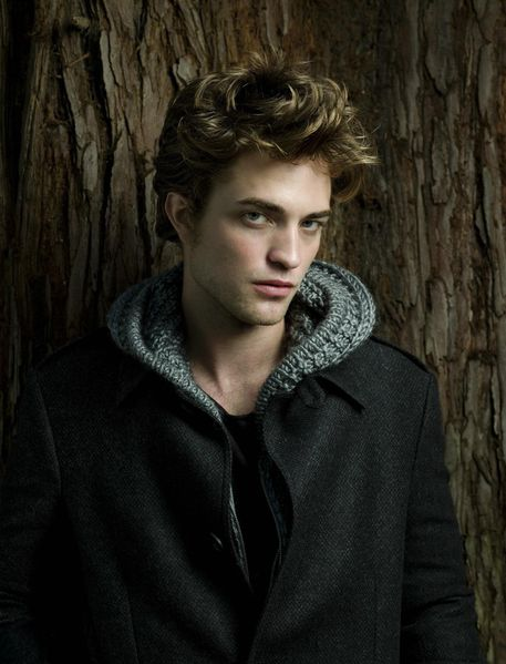 Robert-Pattinson-Super-Sexy