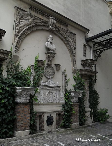 fontaine-monceau-1.jpg