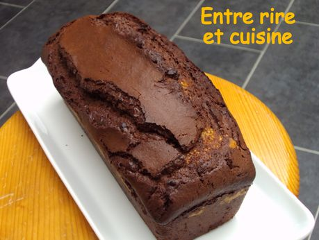 Cake-chocolat-coeur-de-coco-et-amande.JPG