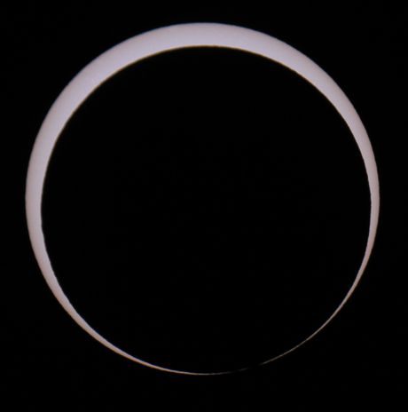 04-annular eclipse 20 may 2012 - imminent annularity