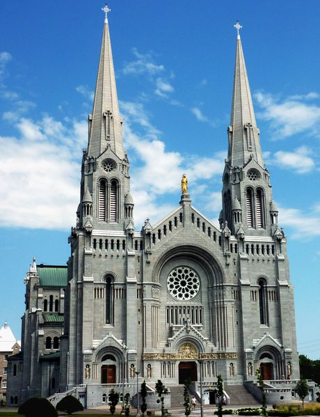 Ste Anne de Beaupré basilique b