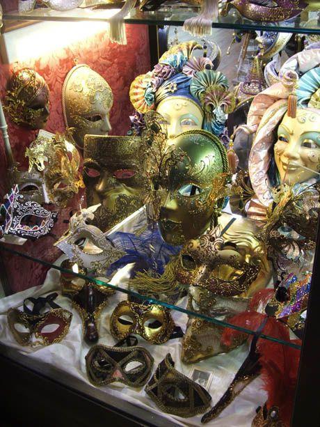http://img.over-blog.com/460x613/4/40/62/35/Venise/Carnaval-de-Venise/Carnaval-de-Venise--3-.jpg