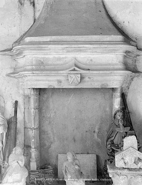 Musée Rolin43 - Intérieure Cheminée [1024x768]