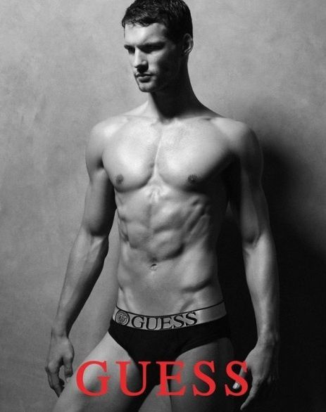 Guess-Men-Underwear-Fall-Winter-2011-Campaign-02-484x614.jpg