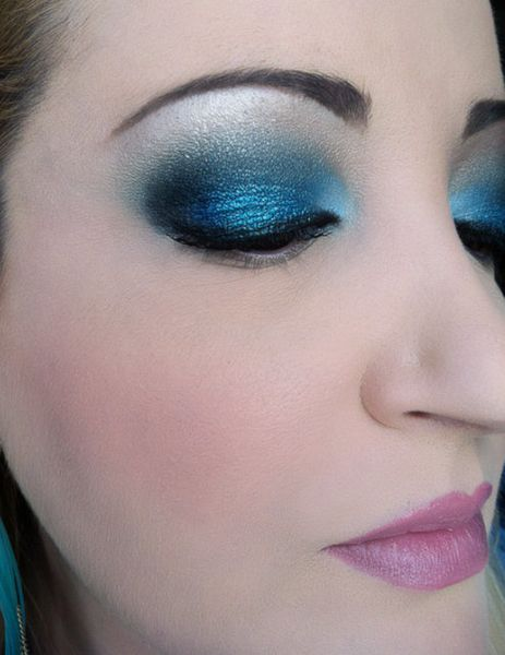makeup-totally-blue 3211