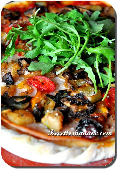 http://img.over-blog.com/463x667/2/38/78/89/mars-2011/recette-pizza-legumes.jpg