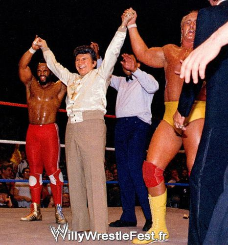 WrestleMania_01_-_Hogan_Et_Mr_T_Vs_Piper_Et_Paul_Orndorff_0.jpg