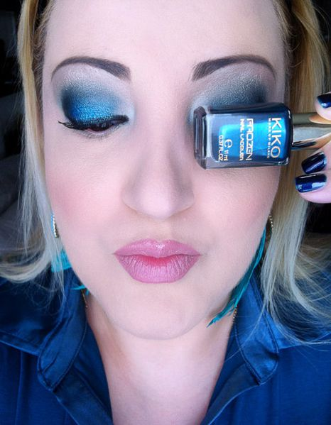 makeup-totally-blue 3253