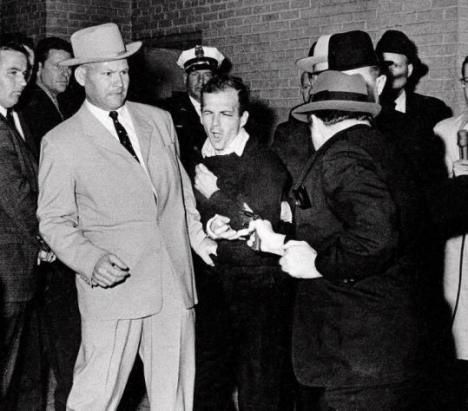 InkBlood-harvey-oswald-shot-by-jack-ruby-JFK
