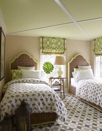 green-and-brown-twin-beds-hb
