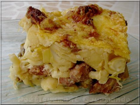Gratin de cornettis au fondu de poireaux et bchamel