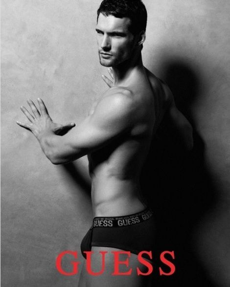 Guess-Men-Underwear-Fall-Winter-2011-Campaign-06-484x614.jpg