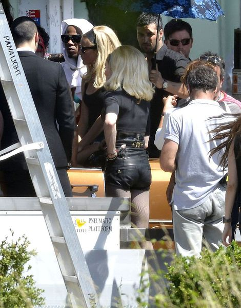 20120618-pictures-madonna-turn-up-the-radio-set-67