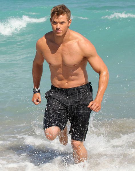 kellan-lutz-for-op-31.jpg
