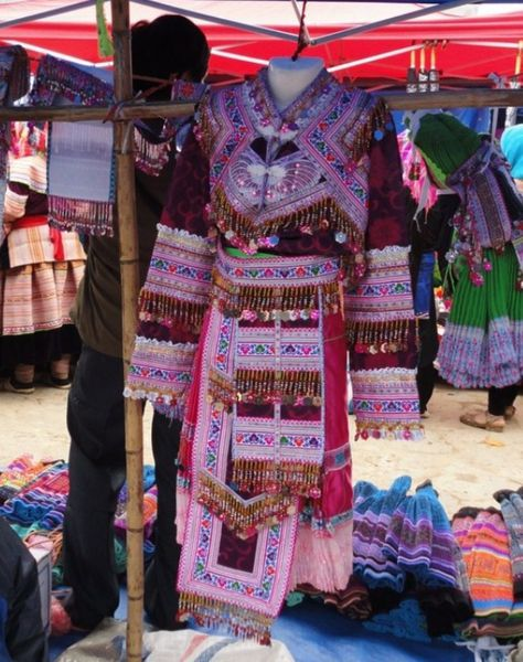 BAC HA VETEMENT TRADITIONNEL