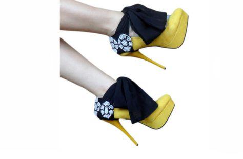 heels-condoms2