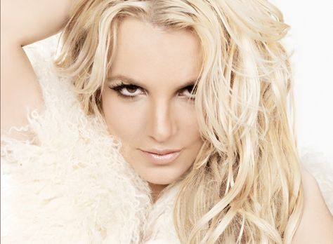 http://img.over-blog.com/475x348/0/20/49/74/invites-emissions/britney-spears-def.jpg