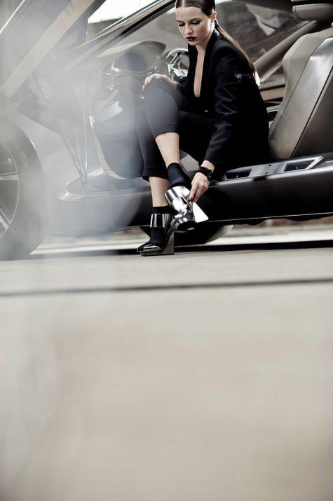 2011-Peugeot-HX1-Concept.jpg