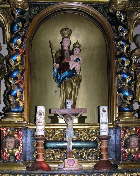 Interieur-de-la-chapelle-Notre-Dame-du-Bois.jpg
