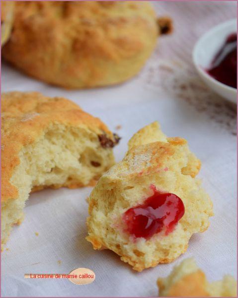 un-scone-aux-raisins.jpg