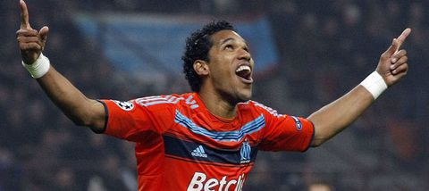 909493_olympique-marseille-brandao-celebrates-after-scoring.jpg