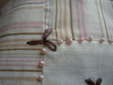 cinderberrystitchesspringberriesdetailangle1