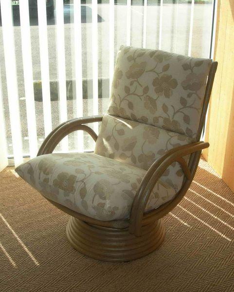 01 fauteuil rotin relax 05 Exodia